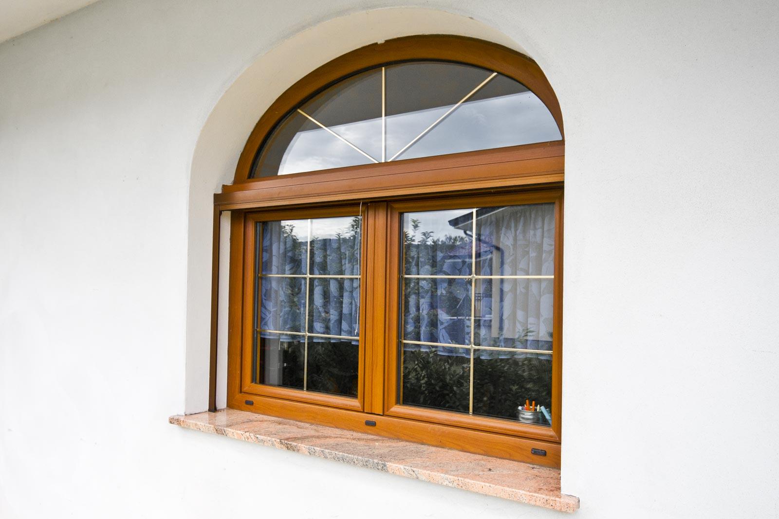 Serramenti ed infissi alluminio legno gorizia serralluminio for Finestra esterna scorrevole