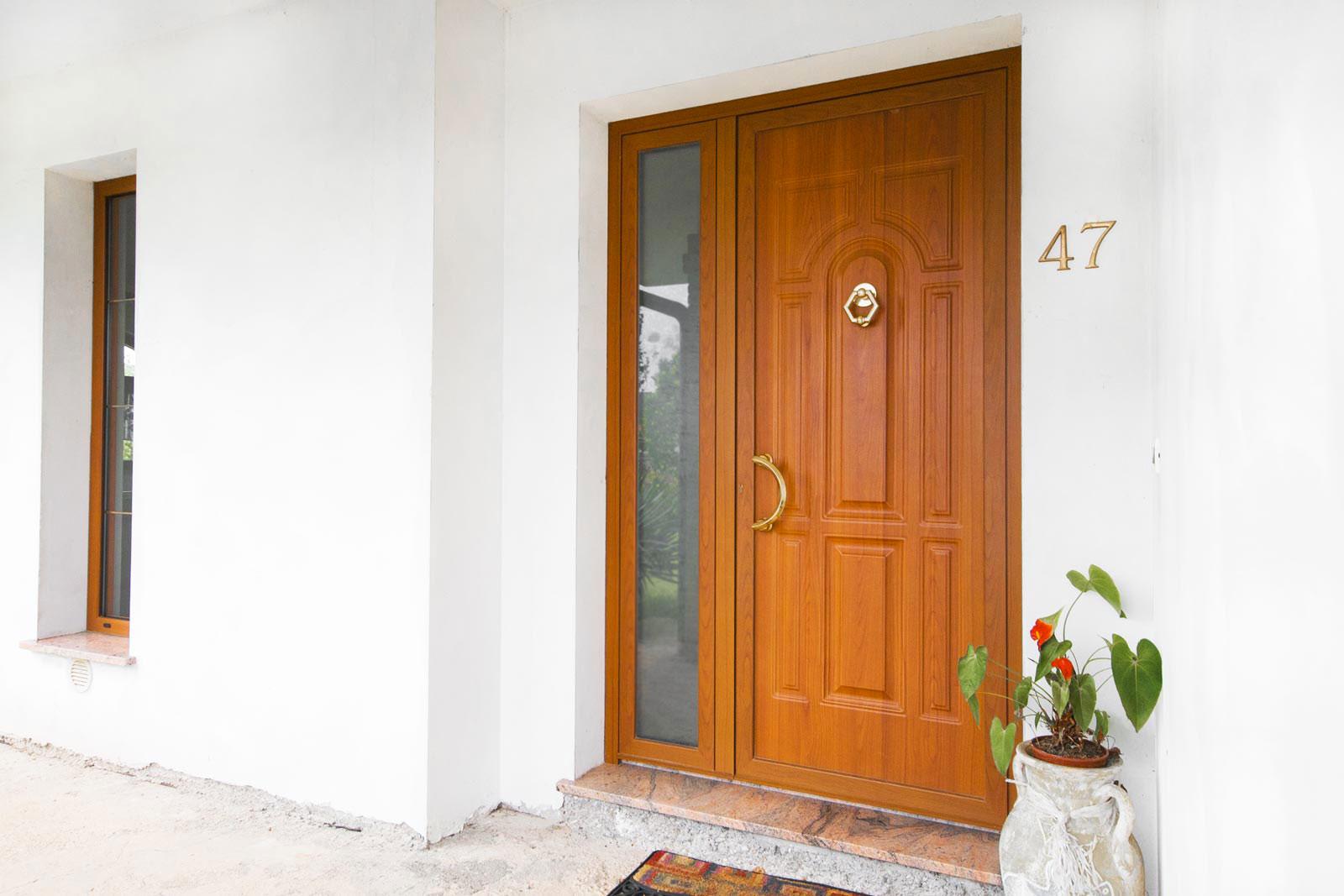 Produzione montaggio vendita porte da esterni portoncini - Porte usate per esterno ...