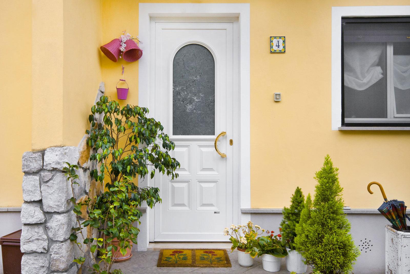Produzione montaggio vendita porte da esterni portoncini - Porte da ingresso prezzi ...