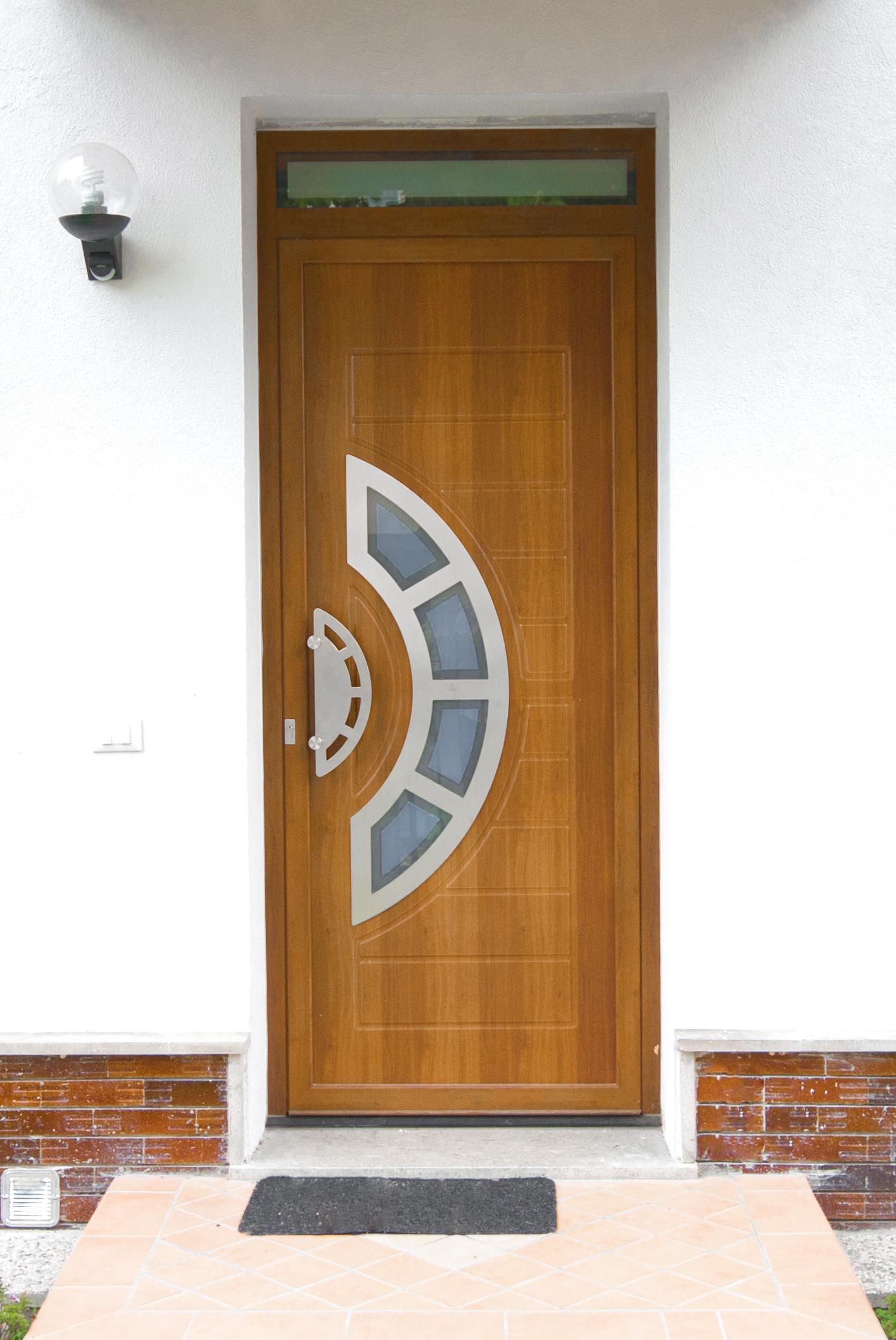 Produzione montaggio vendita porte da esterni portoncini - Porte blindate da esterno prezzi ...